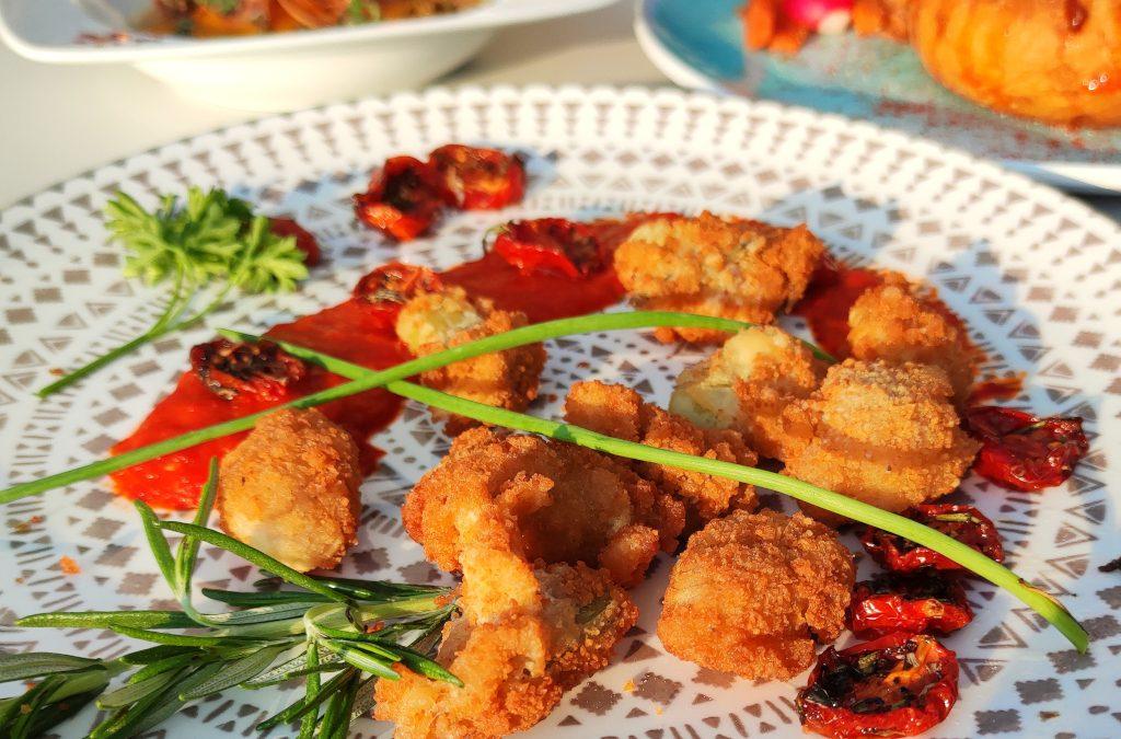 Bukolika, panierowana fasolka, mus z papryki i konfitowane pomidorki…